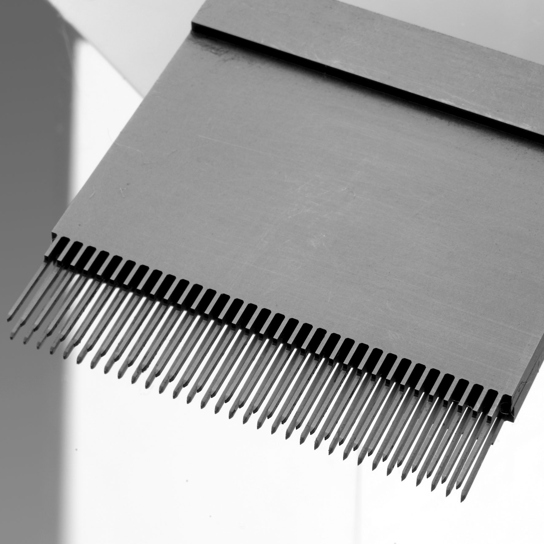 электроискровая проволочно-вырезная обработка станке Sodick